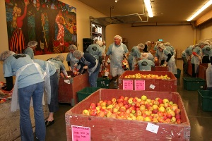 Oregon Food Bank Volunteers